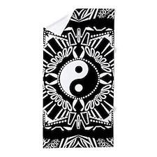Cute Psychedelic yin yang Beach Towel