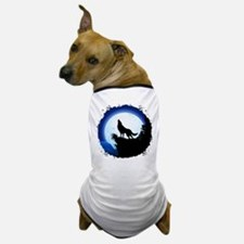 Wolf Howling at Blue Moon Dog T-Shirt
