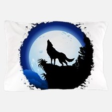 Wolf Howling at Blue Moon Pillow Case