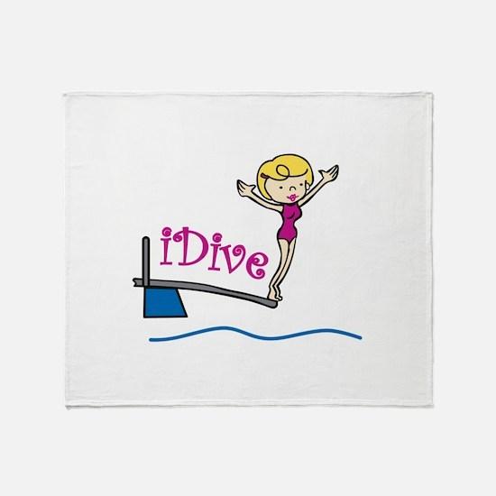iDive Woman Throw Blanket