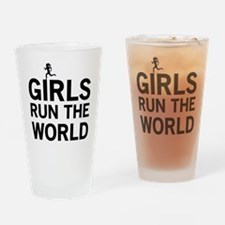 Girls run the world Drinking Glass