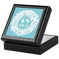 48th Anniversary Wreath Keepsake Box