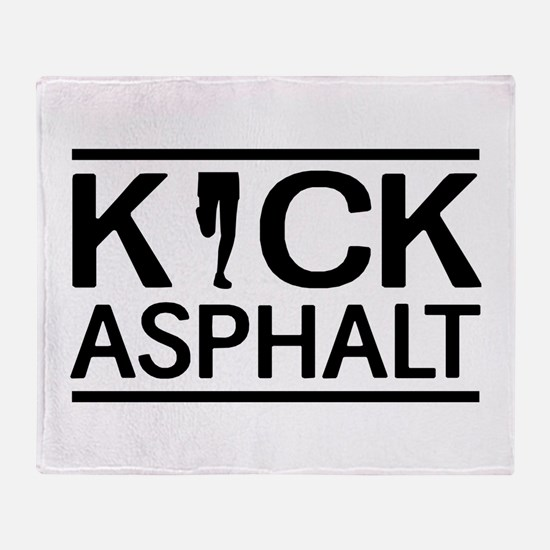 Kick asphalt Throw Blanket
