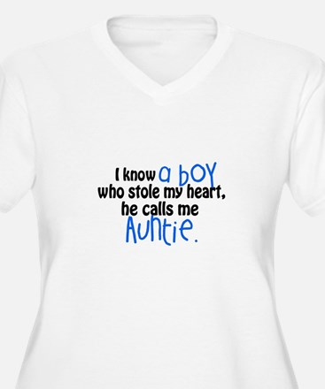 I know a boy Plus Size T-Shirt