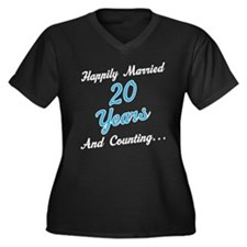 20 Year anni Women's Plus Size V-Neck Dark T-Shirt