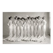 Elegant Evening Gowns, 19 Postcards (Package of 8)