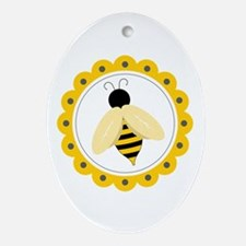 Bumble Bee Circle Ornament (Oval)