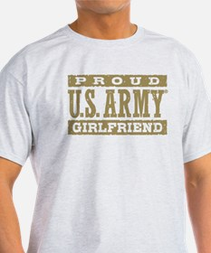 Proud US Army Girlfriend T-Shirt