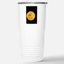 Aeroplane silhouetted a Travel Mug