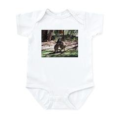 kangaroo mum tickles me Infant Bodysuit