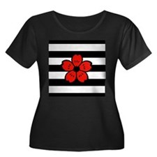 Red and Black Flower Plus Size T-Shirt