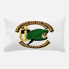 Swc - Beret Dagger Dui Pillow Case