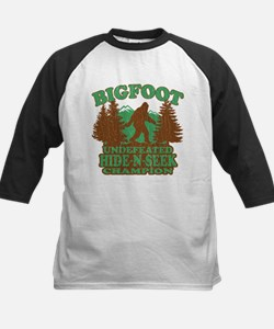 BIGFOOT Funny Saying (vintage distressed design) B