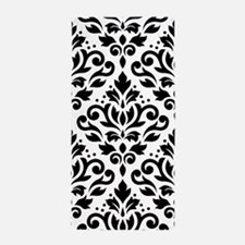 Scroll Damask Bw Lg Ptn Beach Towel