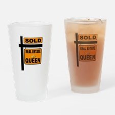REAL ESTATE QUEEN Drinking Glass