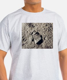 Apollo 11 Bootprint Dad's Christmas Gift T-Shirt