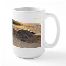Honu at Sunset Mug