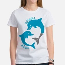 Winter And Hope Dolphin Tale 2 Women's Favorite Te