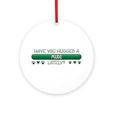 Hugged Mudi Ornament (Round)