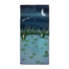 Frogs In Lily Pad Pond Beach Towel