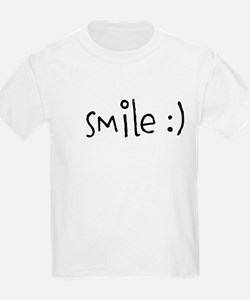 BE POSITIVE. BE KIND. SMILE. T-Shirt