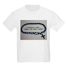 A Rosary a day, keeps the Devil away! T-Shirt