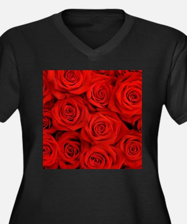 modern romantic red rose petals Plus Size T-Shirt