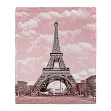 Eiffel Tower in pink Throw Blanket