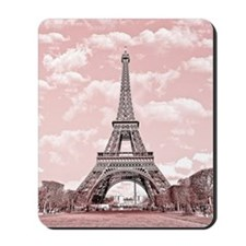 Eiffel Tower in pink Mousepad