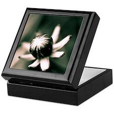 Queen of the floweries Keepsake Box