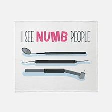 I See Numb People Throw Blanket
