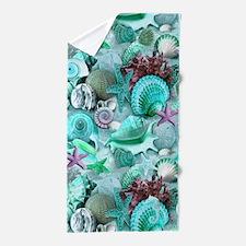 Green Seashells And starfish Beach Towel