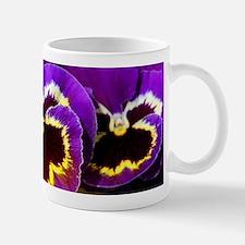 Beautiful purple pansy Mugs