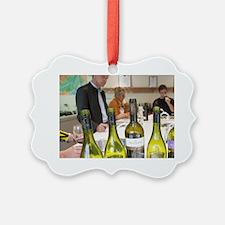 Laroche Viognier, Chardonnay, Sau Ornament