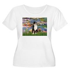 Lilies2-Tri Aussie Shep2 T-Shirt