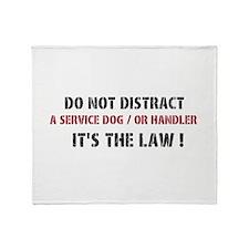 DO NOT DISTRACT Throw Blanket