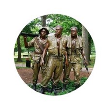 """Three Vietnam Servicemen Statue - Wash 3.5"""" Button"""