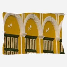 Punda quarter. Historic building on wa Pillow Case