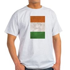 Irish Flag Vintage / Distressed T-Shirt