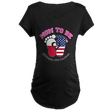 Polish American Mom to Be Maternity T-Shirt