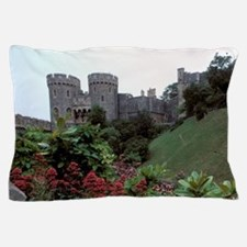 Europe, England, Windsor. Windsor Cast Pillow Case