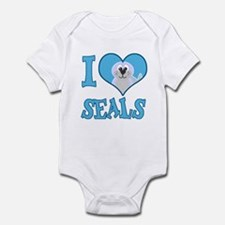 I Love (Heart) Seals Infant Bodysuit