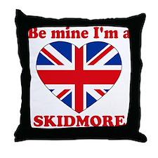 Skidmore, Valentine's Day Throw Pillow