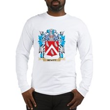 Hewitt Coat of Arms - Family Crest Long Sleeve T-S