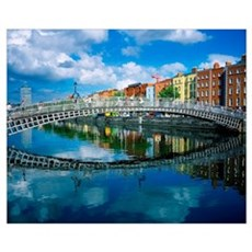 Ha'penny Bridge, River Liffey, Dublin, Ireland Poster