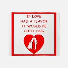 chili dog Throw Blanket