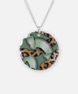 Leopards'n Lace - Green Necklace