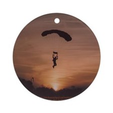 Round Sunset Skydiver Ornament