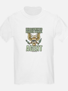 Undocumented border patrol agent T-Shirt