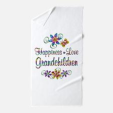 Grandchildren Love Beach Towel